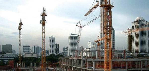 Amid Devaluation, Real Estate Companies Re-Evaluate Sales Strategies