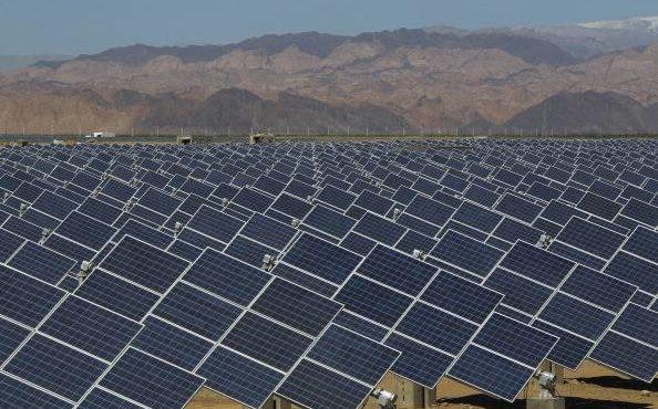 ADWEA Raises USD 872 mn for Solar Power Plant