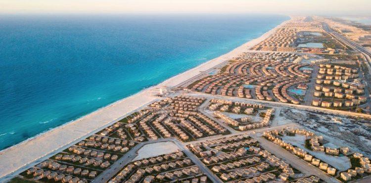 الحكومة تخصص 707,000 فدان في الساحل الشمالي لـ «المجتمعات العمرانية»
