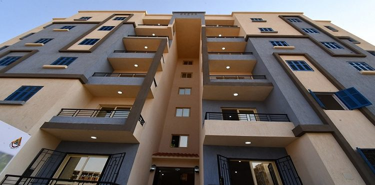 Minister Tours Almost 29,500 Social Housing Units Underway in Badr City