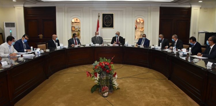 Gov't Follows up on the Ongoing Development Projects in Cairo