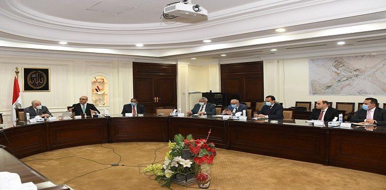 وزير الإسكان ومحافظ جنوب سيناء يستعرضان مشروع «التجلي الأعظم» بسانت كاترين
