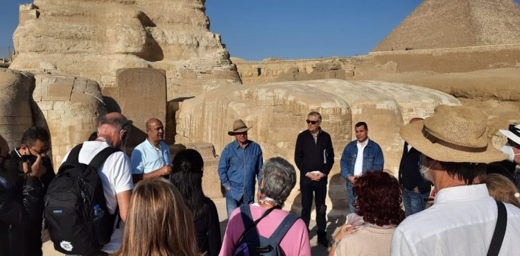Plans to Unveil Major Archaeological Discovery at Saqqara in January: Hawass