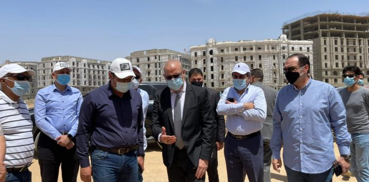 Gov't Inspects New Garden City Project