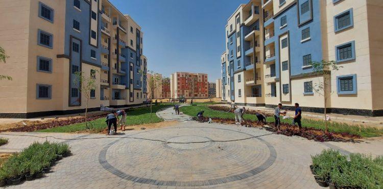 El Gazzar Reviews Projects Progress in Capital Gardens City