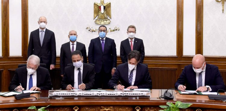 Madbouly Witnesses Contract Signing for The High-Speed Electric Train's First Line